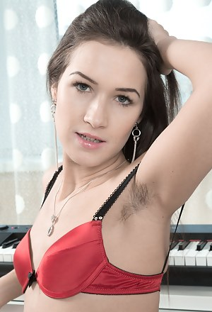 Hairy Teen Porn Pictures